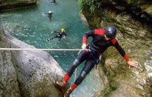 canyoneering-tips-beginners-gear-destinations-1